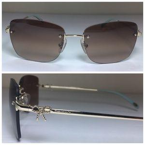 Tiffany & Co. Twist Aviator Bow Sunglasses NWOT